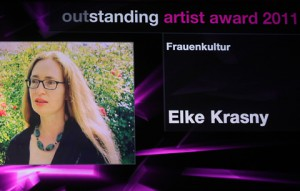 elke-krasny_outstand-artist-award-2011_foto_APA-Fotoservice-Hautzinger