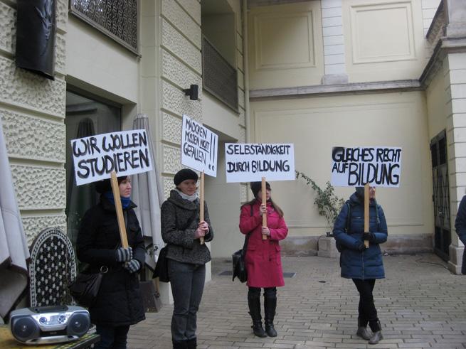 elke-krasny_2010-Manifestationen_Oppositional-Publics_2026_